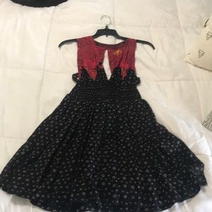 Free people dress only worn 2 -3 times.